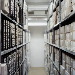 6 Must-Have Features of a Warehouse Management Solution